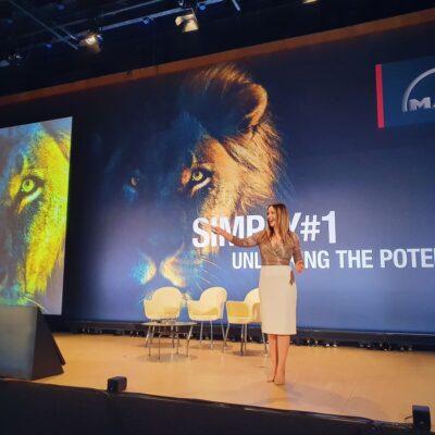 Moderatorin für Events in Düsseldorf buchen