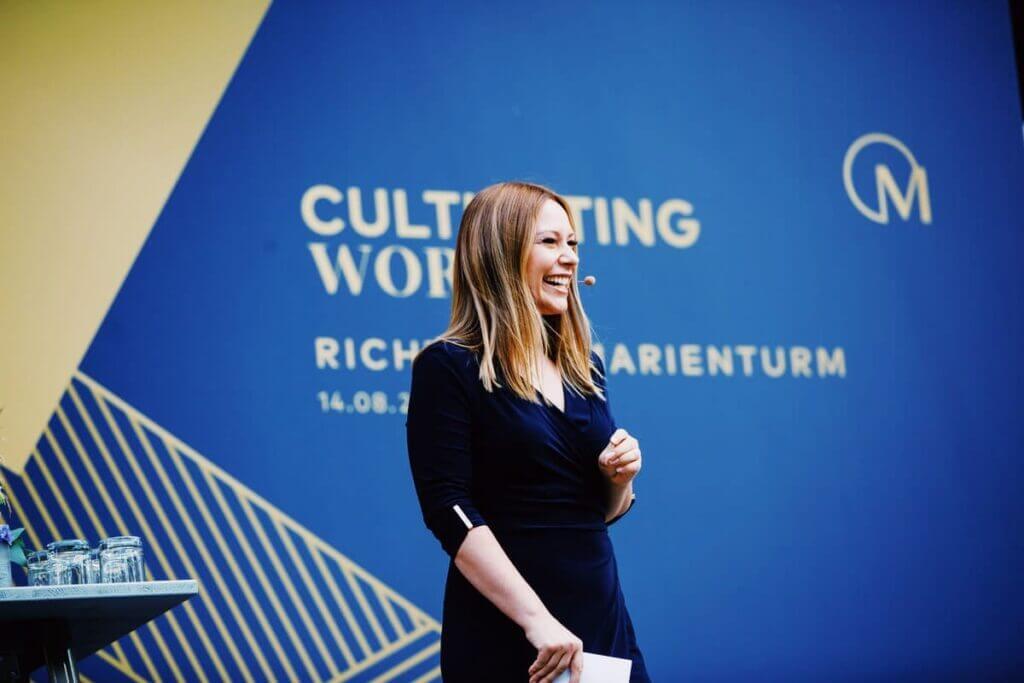 Moderation Berlin mit Saskia Naumann