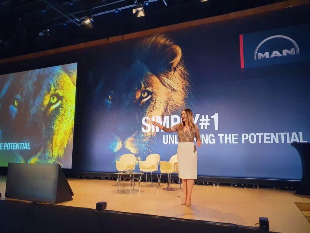 Buchen Sie Saskia Naumann für Ihr Stuttgarter Event